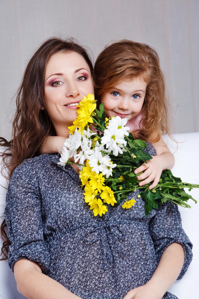 Детские стихи к 8 марта о маме матери мамочке бабушке
